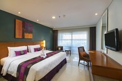SPECIAL 2 Adults + 1 Child in Deluxe Pool View Room with Extra bed
